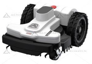 Robot rasaerba Zucchetti Ambrogio robot 4.0 Basic disponibile con 3 diverse unita motore e pendenze fino al 45%.