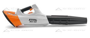 Soffiatore a batteria Stihl BGA 100 top di gamma con 3 livelli di potenza per uso professionale.