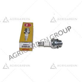 Candela NGK BM6A motore a benzina trattorino tagliaerba