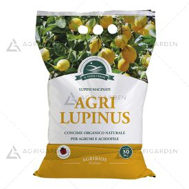 AGRILUPINUS concime organico per agrumi sacco da 3Kg, composto da lupini macinati in scaglie.